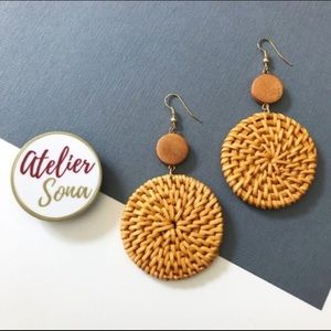 Rattan Disk Earrings